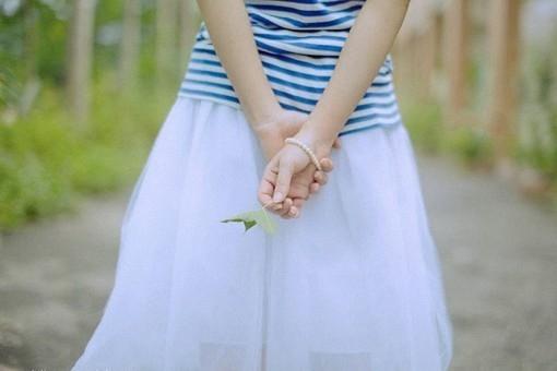 最新浪漫伤感QQ网名:陌上花开、指尖絮语【精选】
