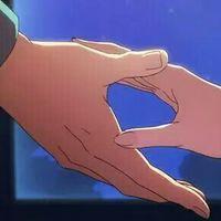 抓紧我的手别放。